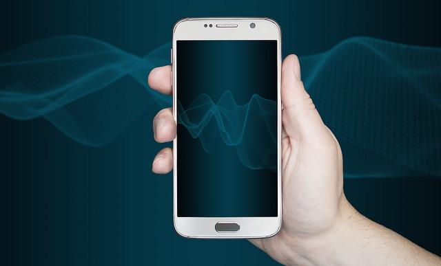 smartphone-3363490_640