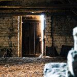 attic-112267_640